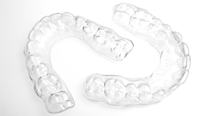 Invisalign removable retainer